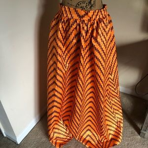 Dresses & Skirts - African print maxi skirt with pockets